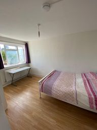 4 bed maisonette to rent in Wager Street, London E3
