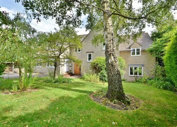 Thumbnail 4 bed property for sale in Walnut Close, Wootton, Woodstock