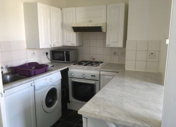 Thumbnail 1 bed flat to rent in Hencroft Street, Slough