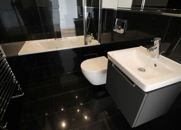 Thumbnail 1 bed flat to rent in Croydon