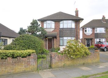 3 bed detached house for sale in Danes Way, Pilgrims Hatch, Brentwood, Essex CM15