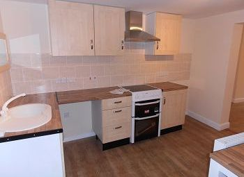 Thumbnail 1 bed flat to rent in Silver Street, Trowbridge, Wiltshire