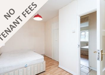 Thumbnail 3 bedroom flat to rent in Arden Estate, London