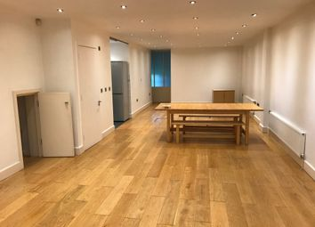 Thumbnail 2 bed flat to rent in Bethnal Green Road, Shoreditch