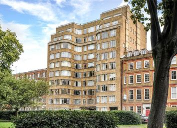 Thumbnail 1 bed flat for sale in Florin Court, Charterhouse Square, London
