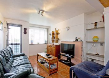 Thumbnail 3 bed flat for sale in Saracen Street, London