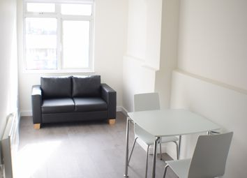 Thumbnail 1 bed flat to rent in Brent Street, Hendon, London
