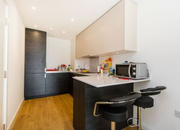 Thumbnail 1 bed flat to rent in Saffron Tower, Croydon