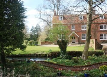 Thumbnail 6 bed property to rent in Greatbridge Road, Romsey, Hampshire
