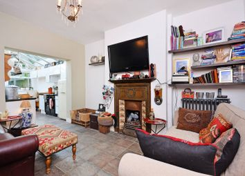 Thumbnail 2 bed flat for sale in Dordrecht Road, Acton