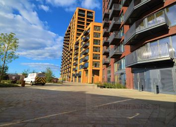Thumbnail Flat for sale in Amelia Building, London City Island