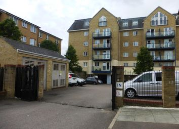 Thumbnail 2 bed flat to rent in Taverners Way, Hoddesdon
