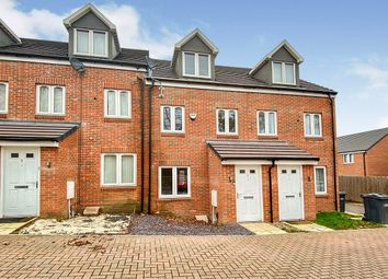 3 bed terraced house for sale in Guardian Way, Luton LU1