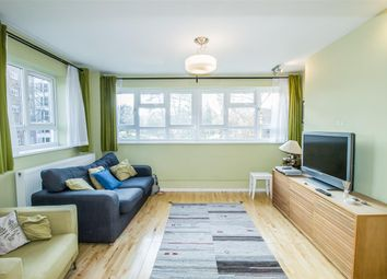 Thumbnail 3 bed flat to rent in Beaumont Road, London