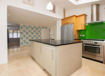 Thumbnail 4 bed link-detached house to rent in Padstow Avenue, Fishermead, Milton Keynes