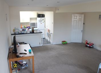 Thumbnail 2 bedroom flat to rent in To Let Flat 4 The Parade, Ridley Road, Bury St Edmunds