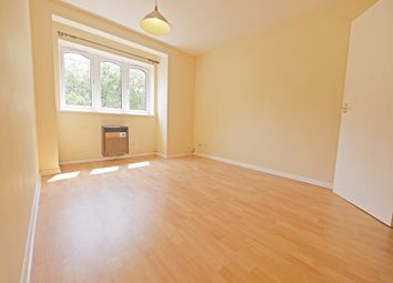1 bed flat to rent in Chiltern View Road, Cowley, Uxbridge UB8