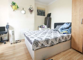 Thumbnail 2 bed flat to rent in Pretoria Avenue, London