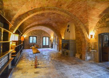 Thumbnail 7 bed farmhouse for sale in Lake, Baschi, Terni, Umbria, Italy