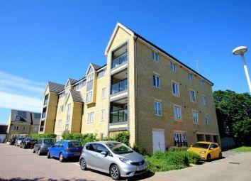 2 bed flat to rent in Stone House Lane, Dartford DA2
