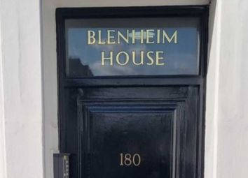 Thumbnail Studio to rent in Blenheim House, Kings Road, Chelsea