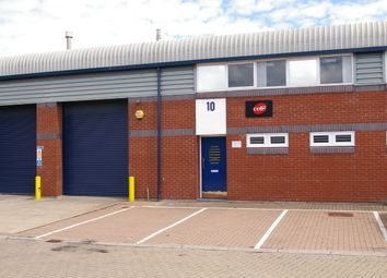 Thumbnail Industrial to let in Unit 10, Vale Industrial Estate, Southern Road, Aylesbury, Bucks.