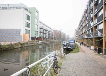 Thumbnail 2 bed flat to rent in De Beauvoir Crescent, Haggerston