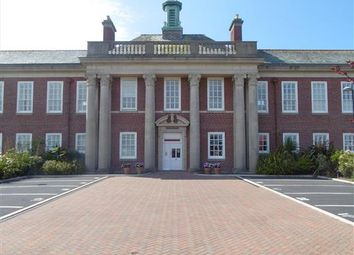 2 bed flat to rent in Clifton Drive South, Lytham St. Annes FY8