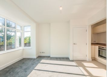 Thumbnail 2 bedroom flat for sale in The Pound, Cookham, Maidenhead