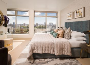 Centre Point Residences, 103 New Oxford Street, London WC1A. 3 bed flat
