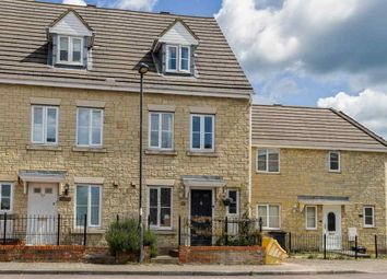 3 bed end terrace house for sale in Gable Close, Swindon SN25