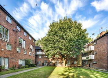 3 bed property for sale in Buxton House, Buxton Drive, London E11