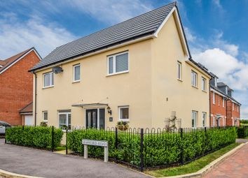 3 bed detached house for sale in Crawford Road, Aylesbury HP18
