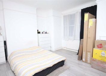 2 bed maisonette to rent in Mount Pleasant Road, Tottenham, London N17