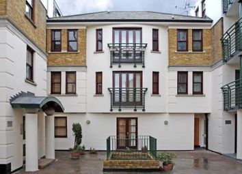 Thumbnail 1 bed flat to rent in Tideway Court, Rotherhithe Street, Canada Water