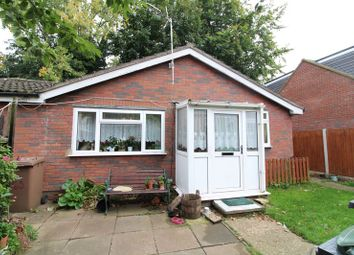 Thumbnail 2 bedroom detached bungalow for sale in Marlborough Road, Luton