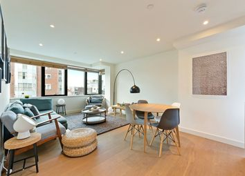 Thumbnail 2 bed flat to rent in Blake Tower, Fann Street, Barbican