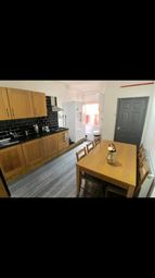Thumbnail 6 bedroom shared accommodation to rent in Yarborough Terrace, Doncaster