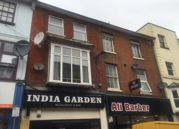 2 bed flat to rent in Wellington Street, Luton, Beds LU1