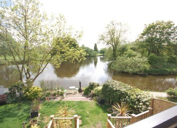Thumbnail 3 bed town house to rent in Heron Island, Caversham, Reading