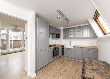 Thumbnail 3 bed flat to rent in Cobourg Street, London