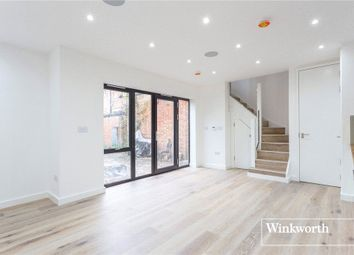 Thumbnail 2 bedroom property to rent in Regents Park Road, Finchley, London