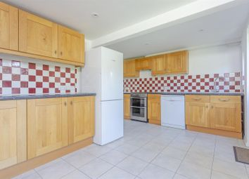 Thumbnail Property to rent in Stirling Close, Banstead