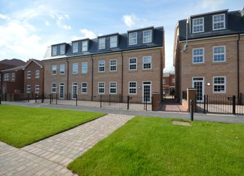 Thumbnail 1 bed flat to rent in Sissinghurst Court, Dickens Heath, Solihull