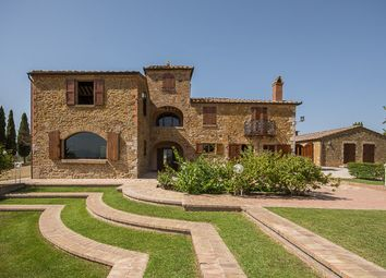 Thumbnail 8 bed country house for sale in Casale Montecchi, Montepulciano, Siena, Tuscany, Italy
