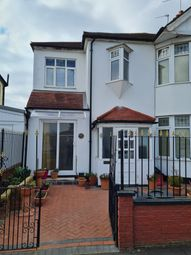 Thumbnail Studio to rent in Southpark Road, Ilford