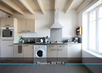 Thumbnail 2 bed apartment for sale in Pays De La Loire, Vendée, Saint Gilles Croix De Vie