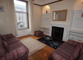 2 bed flat to rent in King Street, First Right AB24