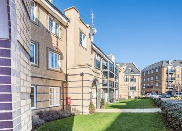 2 bed flat to rent in Hillside Court, Constables Way, Hertford SG13