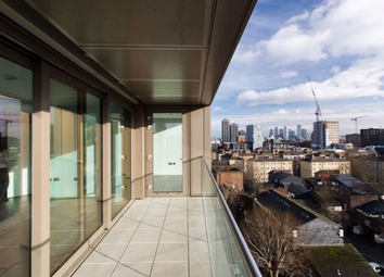 Thumbnail 3 bed flat for sale in Royal Mint Street, Tower Bridge, London